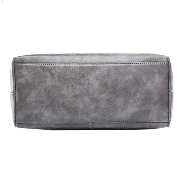 Elegant Messenger Bag