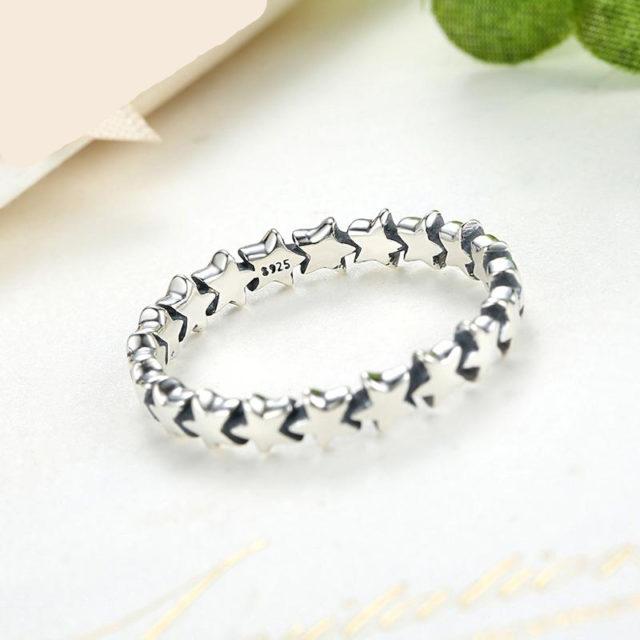 Women's Star Trail Finger Ring