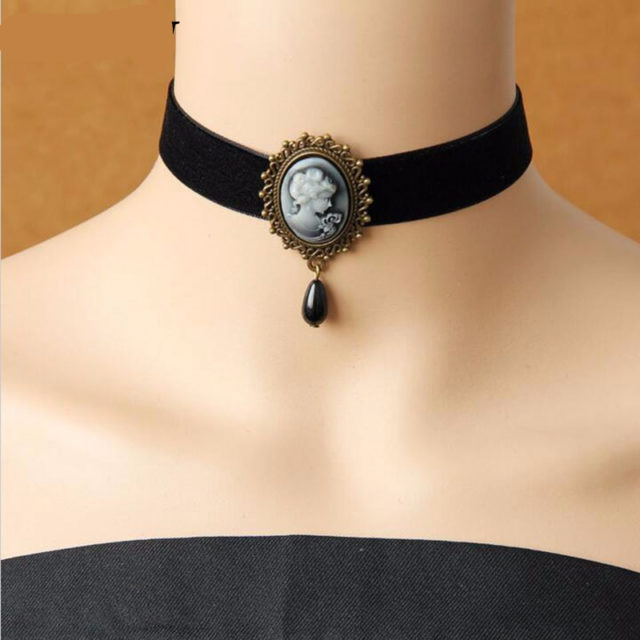 Women's Exquisite Vintage Choker